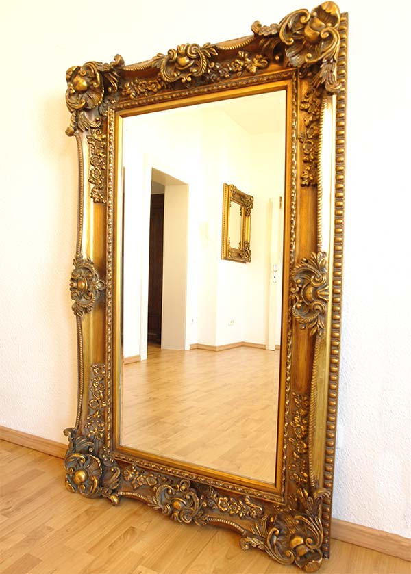 Miroir grand format baroque for Grand miroir blanc baroque